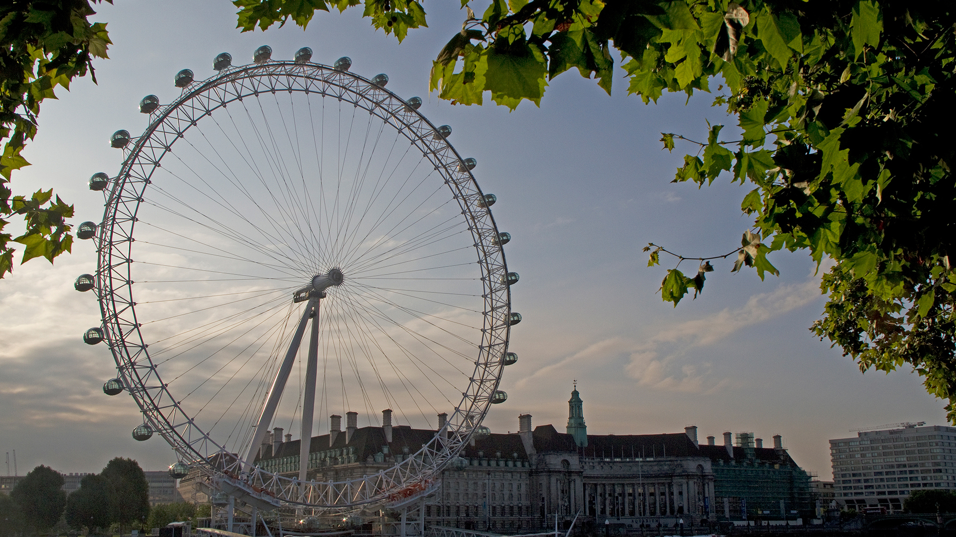 London Eye from Southbank with trees surrounding
